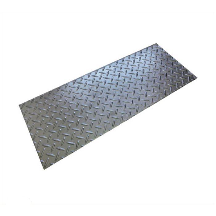 縞鋼板製溝蓋