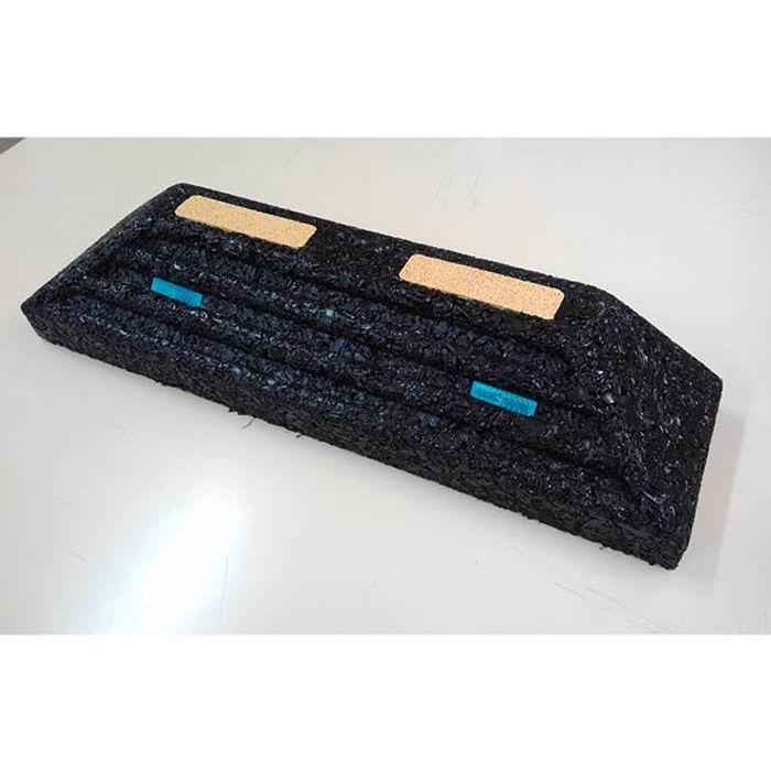 国産ゴム製パーキングブロック ラバーガード T-A ブラック W600×D160×H120mm